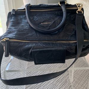 ⭐️Givenchy⭐️ Large Pandora💼 Aged Black Leather